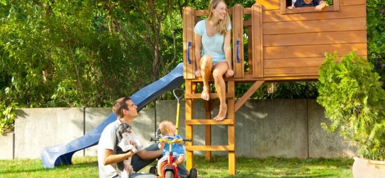 Unfassbar: Mutter geht mit Pfefferspray auf andere Kinder los